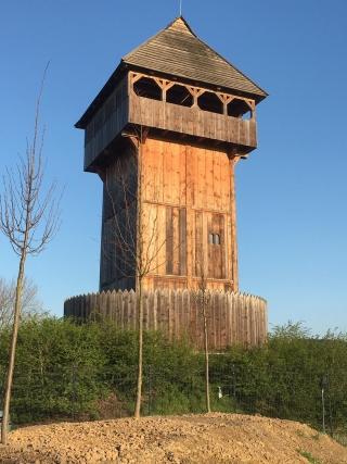 Die Küntroper Motte als Startpunkt eines Geschichtspfades durch die ehemalige Grafschaft Arnsberg